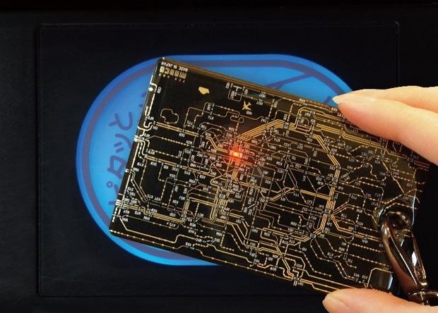 東京の路線図を基板で表現!〈FLASH 東京回路線図 ICカードケース〉|コロカルニュース