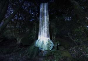 国登録記念物の大庭園がデジタルアート空間に! チームラボ『かみさまがす …